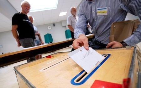 انتخابات پارلمانی سوئد بدون برنده قطعی و با بهبود عملکرد راست ها