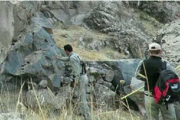 تخریب کومه های غیرمجاز شکار در منطقه شکار ممنوع گندیمن