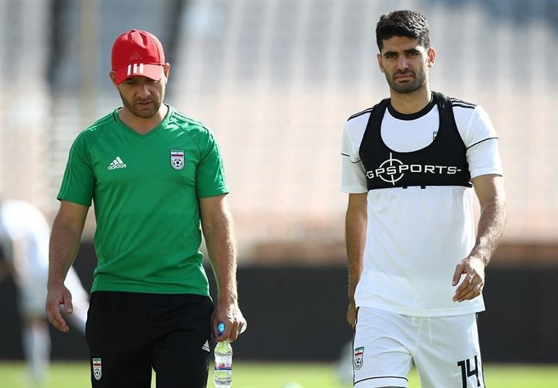 علی کریمی: متأسفانه یا خوشبختانه با بولیوی بازی داریم و امیدوارم به تیم ملی یاری گردد!