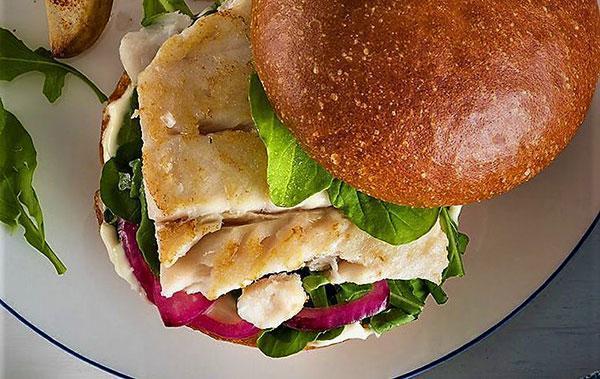 برگر ماهی؛ غنی از ویتامین و پروتئین