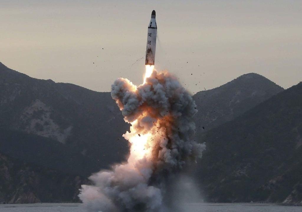 کره شمالی باز هم موشک بالستیک آزمایش کرد