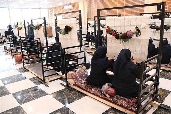 آموزش بیش از 1800 هنرجوی صنایع دستی در استان فارس
