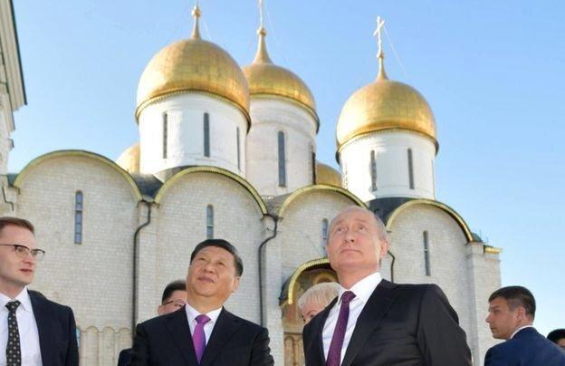 دلار زدایی؛ راهبرد روسیه و چین علیه آمریکا