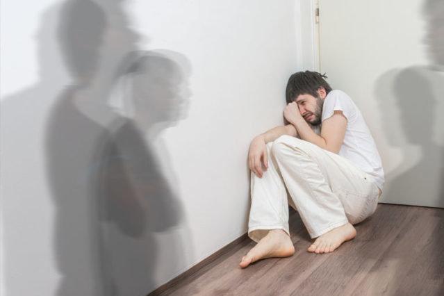 نقش عوامل ژنتیکی و استرس در اختلالات روانی