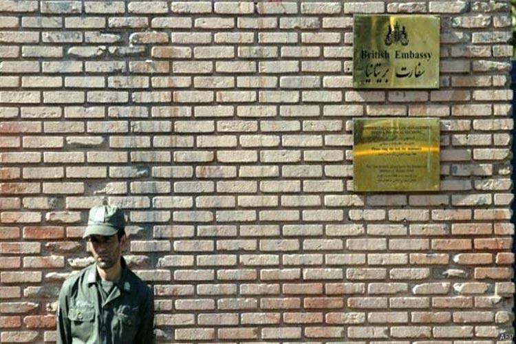 یکشنبه سفارت بریتانیا در تهران باز می گردد