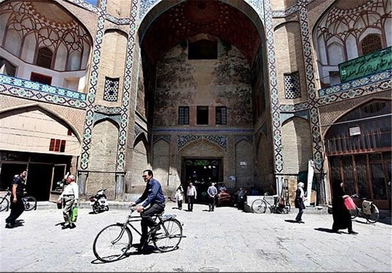 مرمت سر در بازار قیصریه در شورای فنی میراث فرهنگی اصفهان در حال آنالیز است