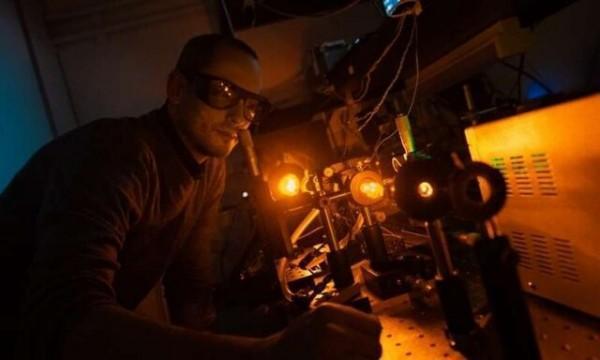 نقش لیزرها در بهبود دقت تلسکوپ های نوری