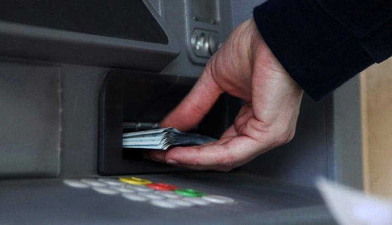 اولین یارانه نقدی سال 99 فردا واریز می گردد