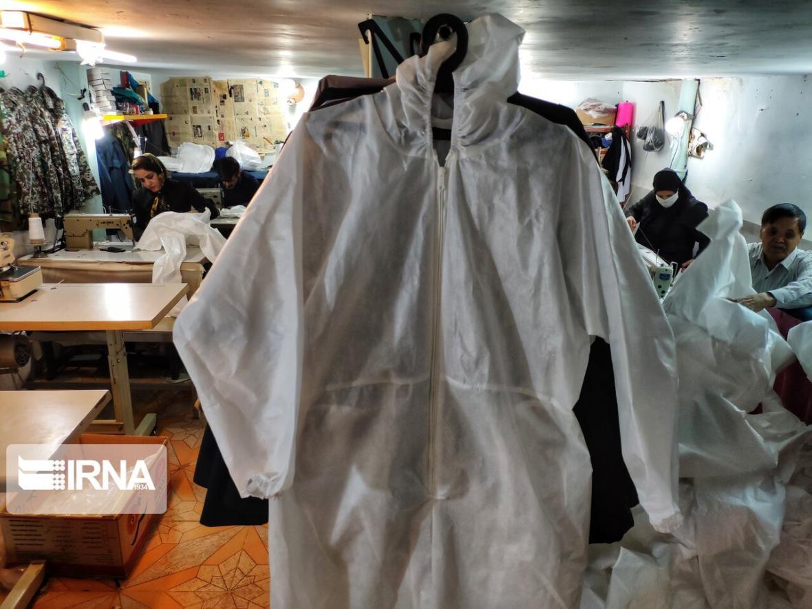 خبرنگاران شهرداری ماهشهر 600 میلیون ریال برای خرید لباس پرستاران کمک کرد