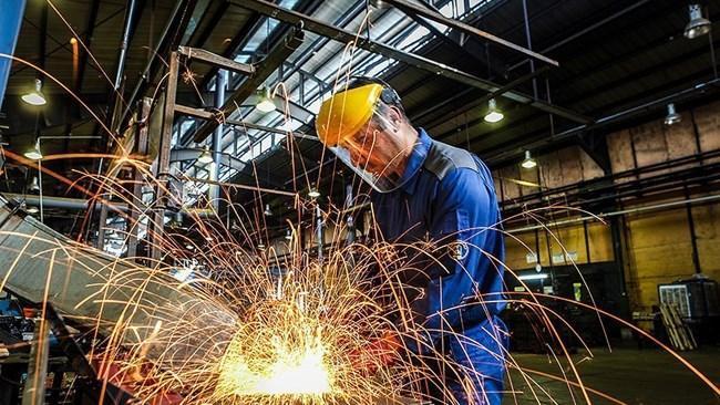 حداقل مزد کارگری 26 درصد و حق مسکن 300 هزار تومان افزایش یافت