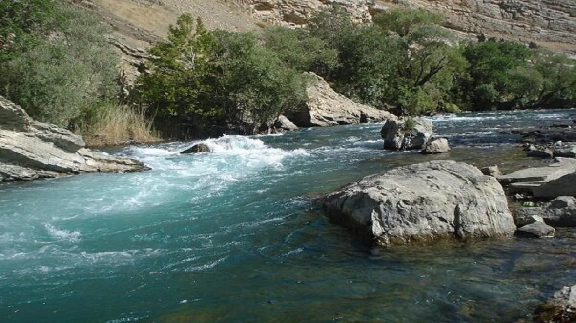 جسد خانم غرق شده در رودخانه کرج، پیدا شد