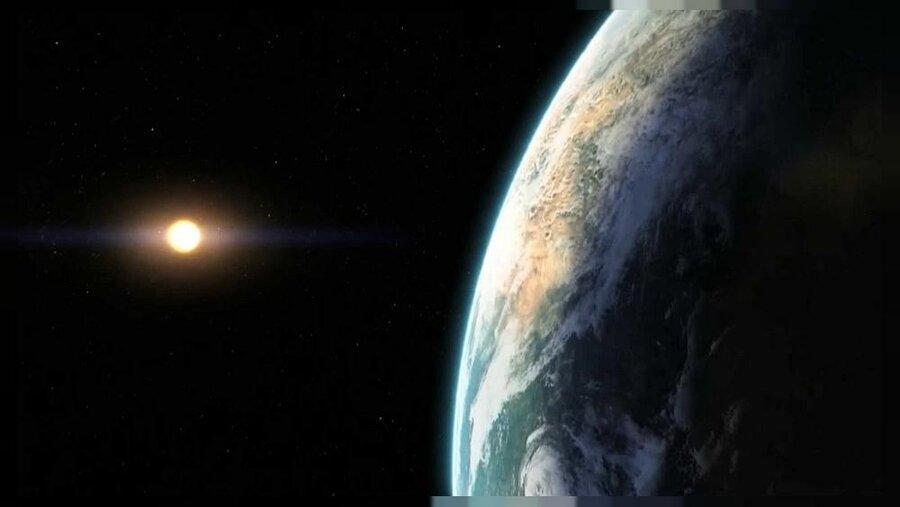 عبور یک سیارک 2 متری از کنار زمین ، احتمال برخورد با زمین چقدر است؟