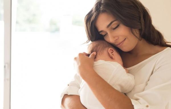 راه های طبیعی برای افزایش شیر مادر
