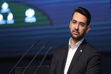 آذری جهرمی: چرا باید از استقلالی ها عذرخواهی کنم؟