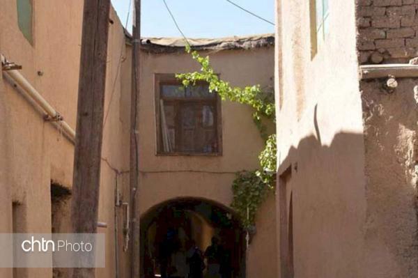 خانه های بافت تاریخی روستای یاسه چای چهارمحال و بختیاری بازسازی می گردد