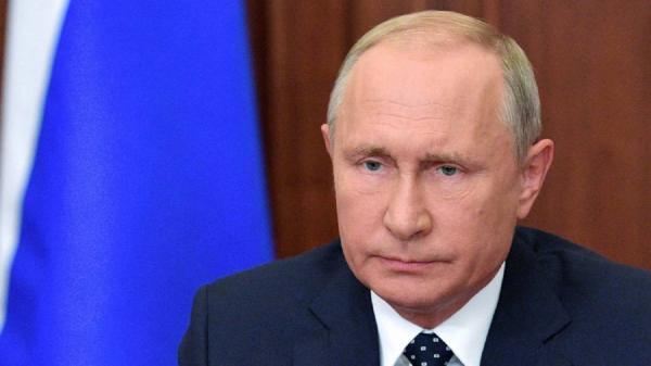 پوتین انگیزه سیاسی عدم تایید واکسن روسی کرونا را محکوم کرد